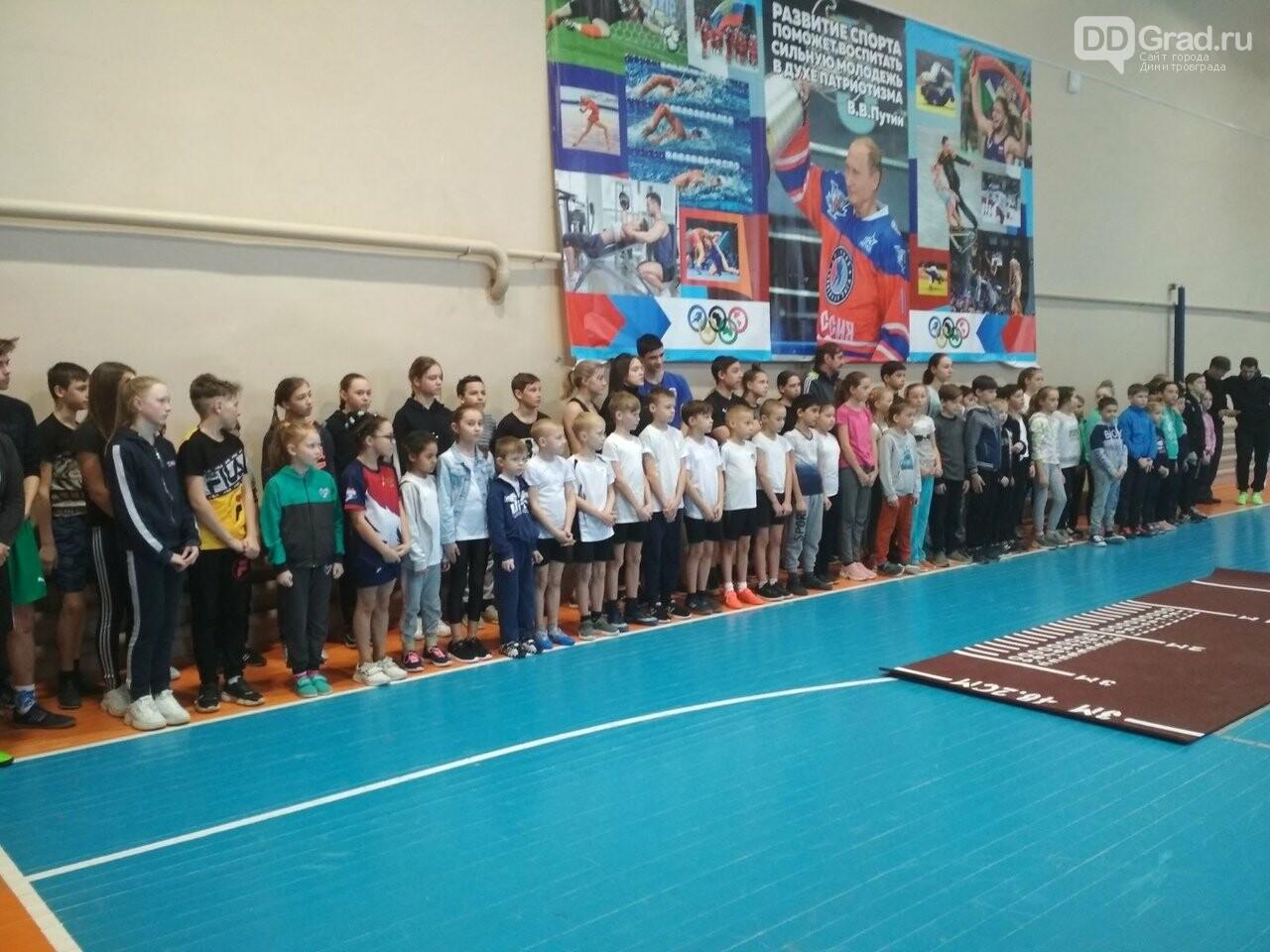 Почти 100 школьников стали участниками фестиваля ГТО в Мелекесском районе, фото-1